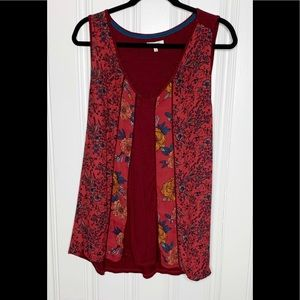COPY - Maurices Burgundy Floral Top Size 3=24/26